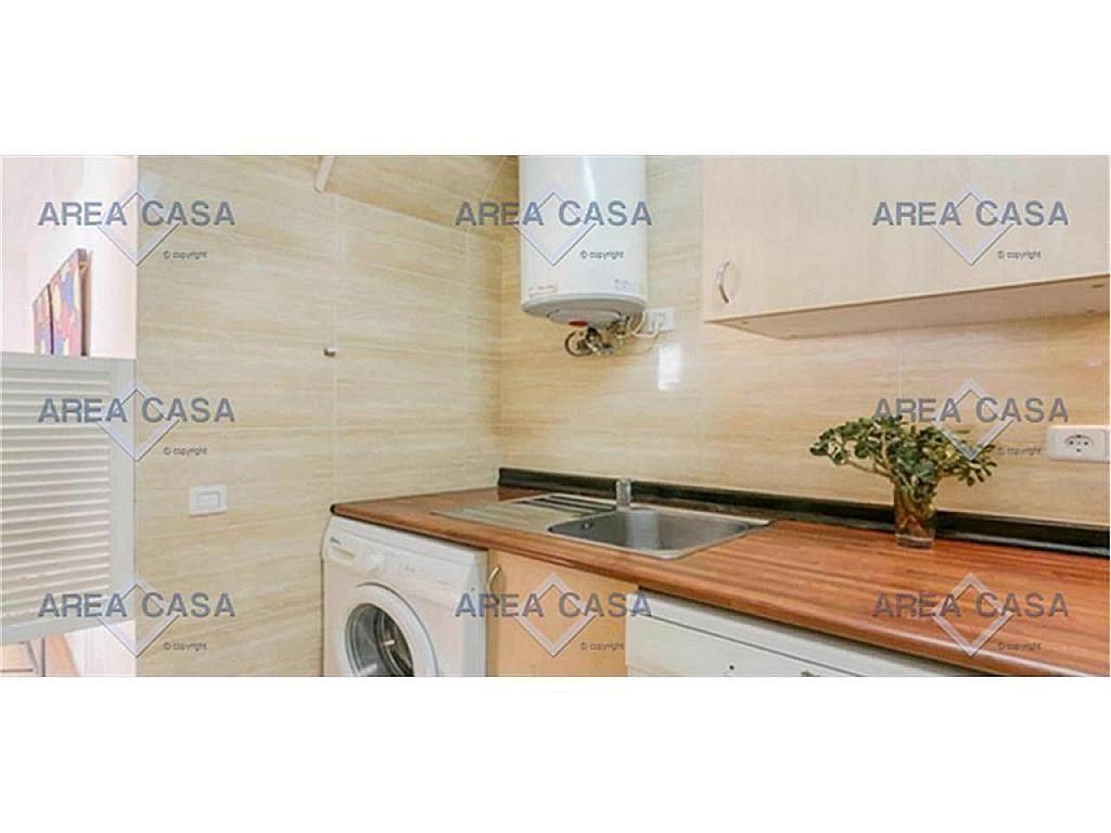 Piso en alquiler en La Barceloneta en Barcelona - 357088066