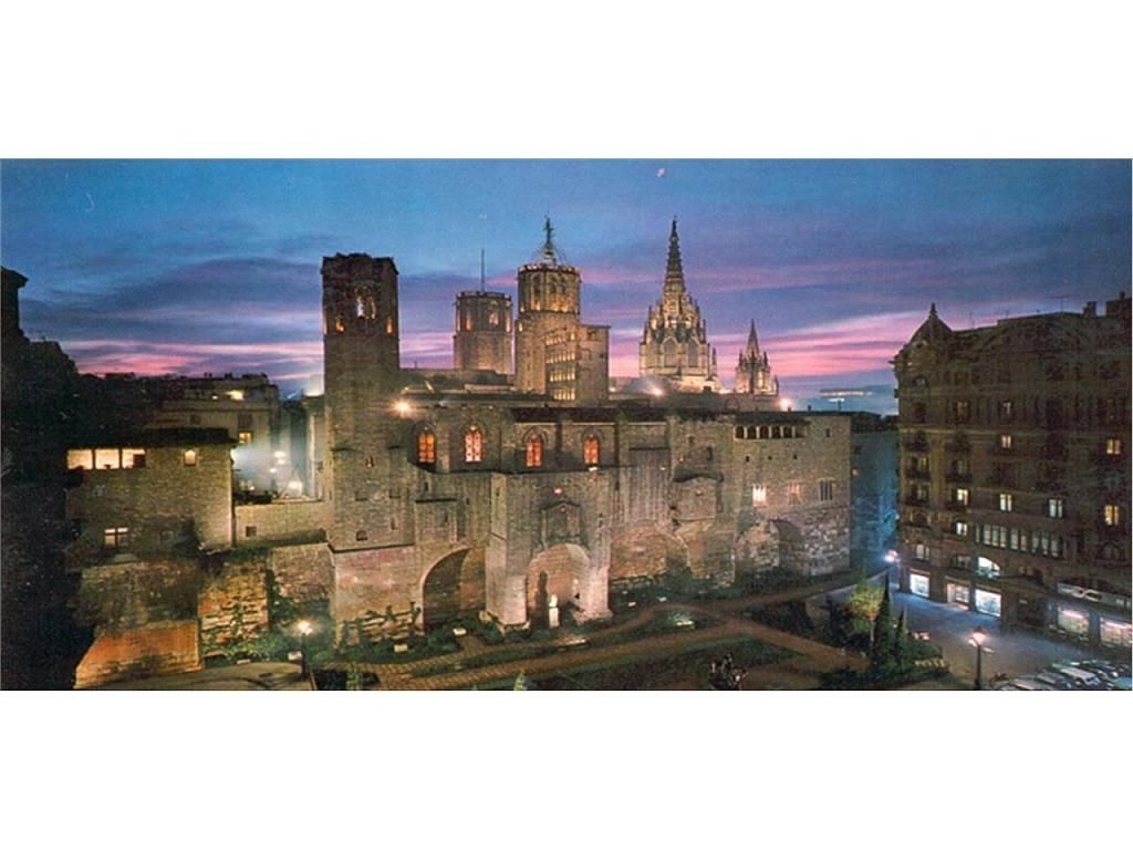 Piso en alquiler en El Gótic en Barcelona - 395269535