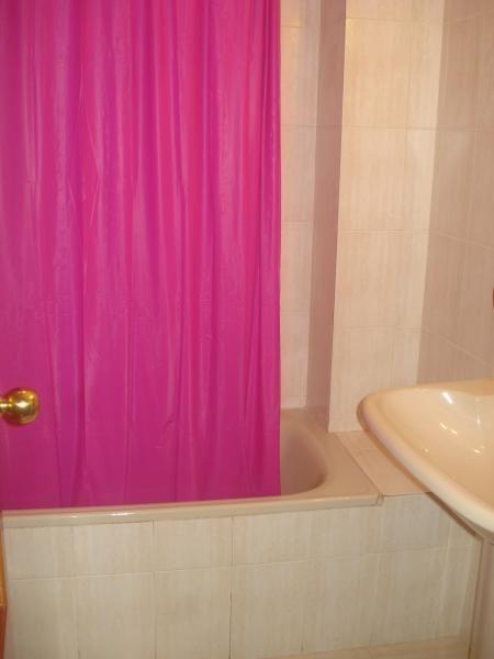 Baño - Piso en alquiler en calle Pablo Iglesias, Colonia Los Angeles en Almería - 61622863