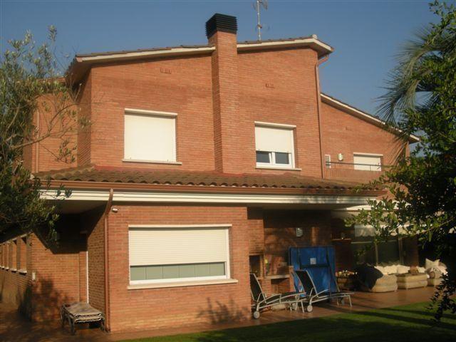 Fachada - Chalet en alquiler en calle Bernat Desclot, Sant Cugat del Vallès - 61470559