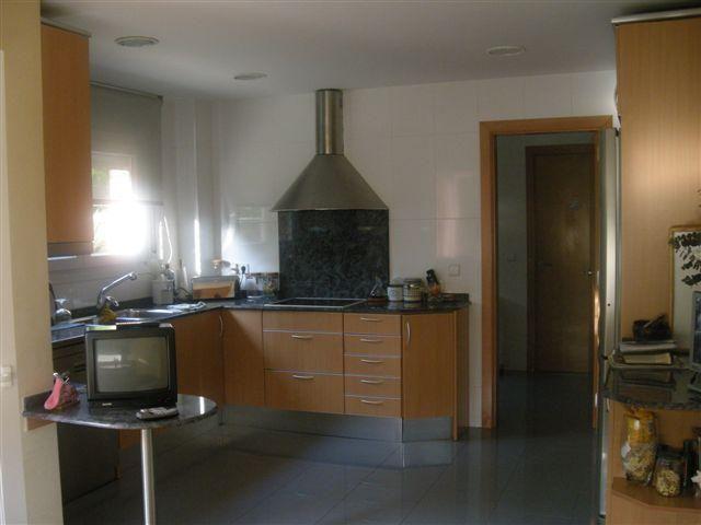 Cocina - Chalet en alquiler en calle Bernat Desclot, Sant Cugat del Vallès - 61470643