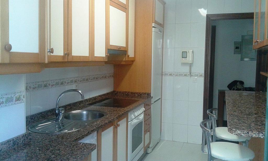 Ático en alquiler en calle Falperra, Areal-Zona Centro en Vigo - 359446580