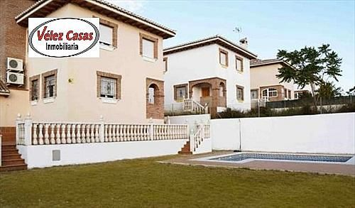 Chalet en alquiler en calle Monte Ebano, Otura - 296603107