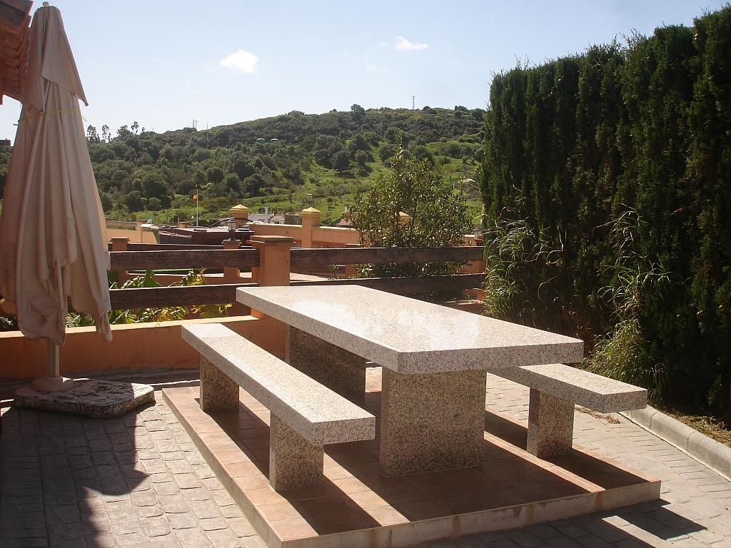 Villa en alquiler en vía Guadalobon, Estepona - 279434022