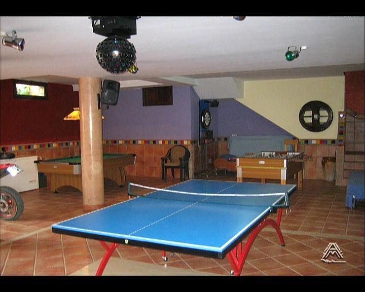 Villa en alquiler en vía Guadalobon, Estepona - 279434043