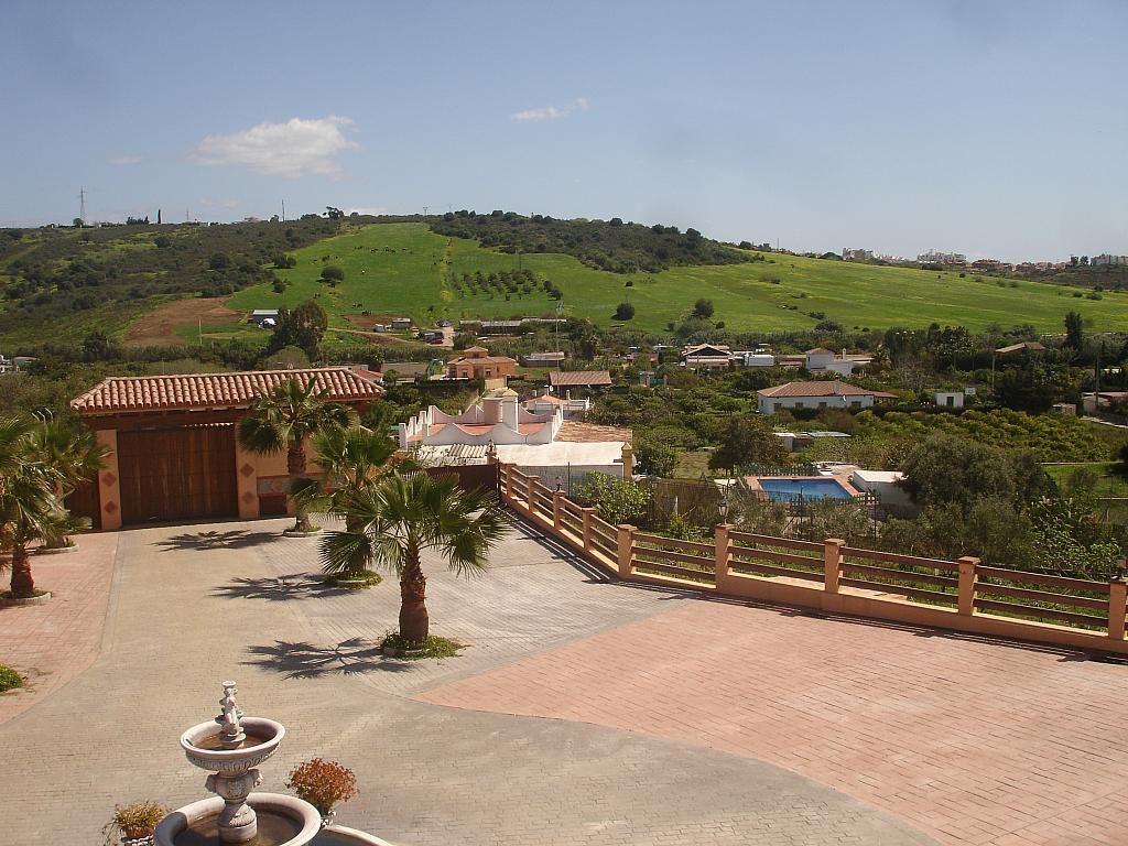 Villa en alquiler en vía Guadalobon, Estepona - 279434194