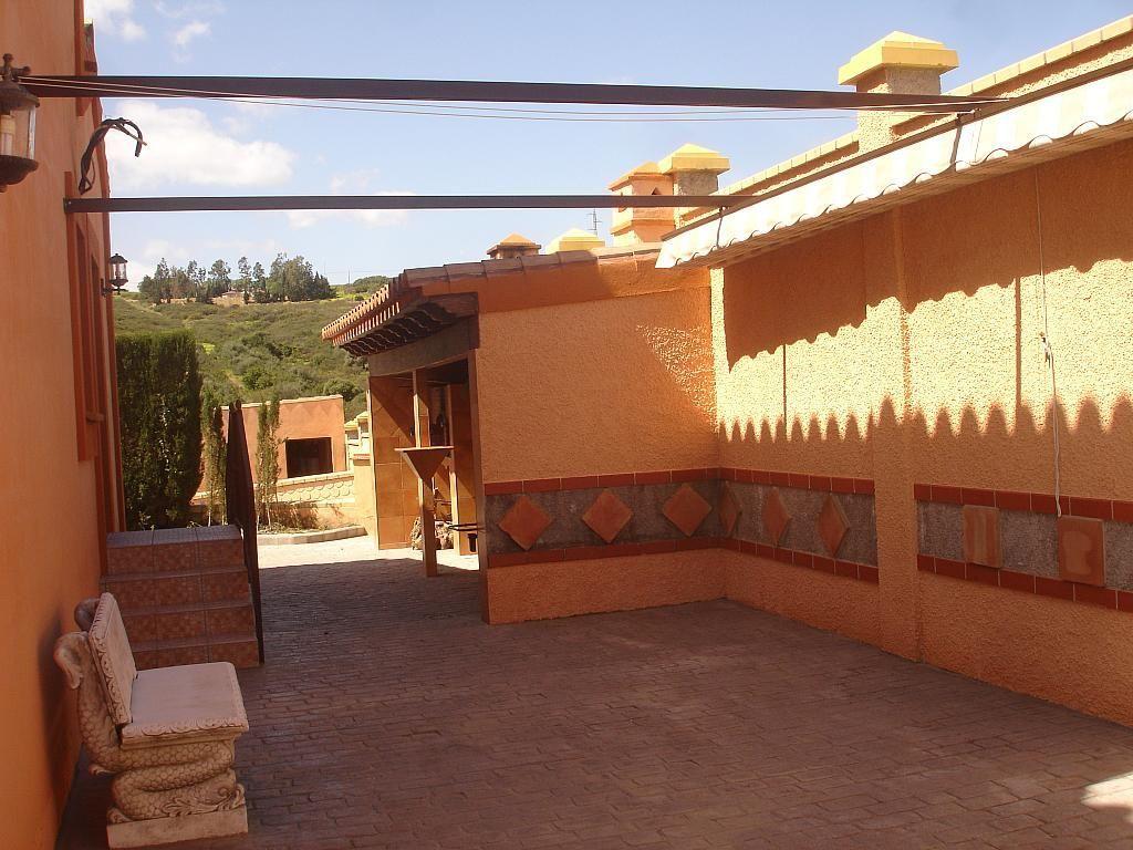Villa en alquiler en vía Guadalobon, Estepona - 279434196
