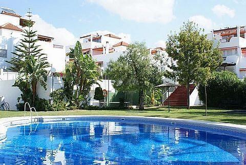 Detalles - Casa en alquiler en urbanización Las Cumbres, Marbella Pueblo en Marbella - 289477885
