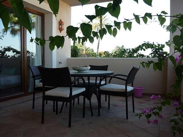 Piso en alquiler en urbanización El Campanario, Estepona - 330444080