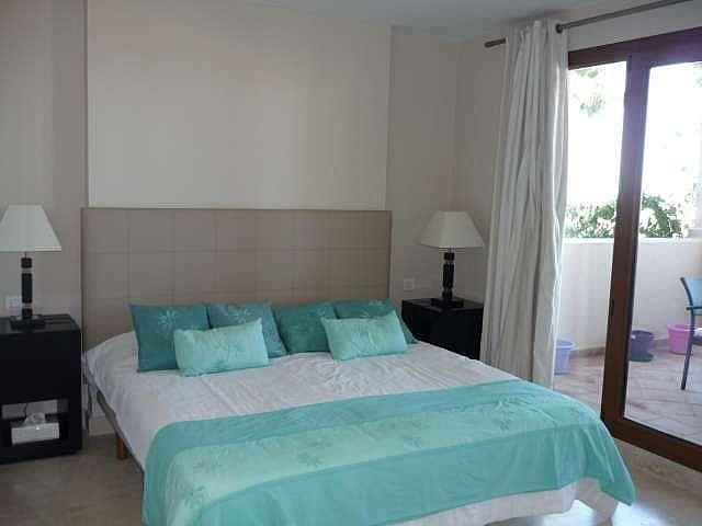 Piso en alquiler en urbanización El Campanario, Estepona - 330444083