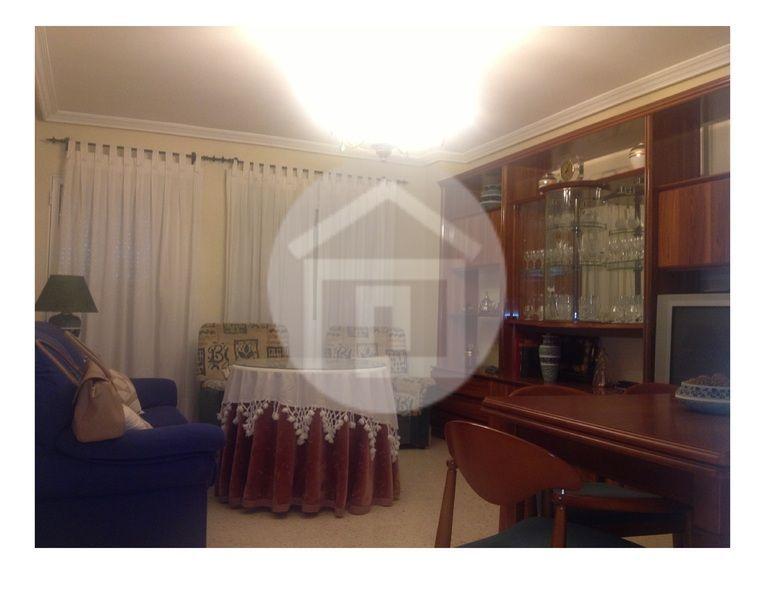 Piso en alquiler en calle Paseo Los Marqueses, Linares - 121926328