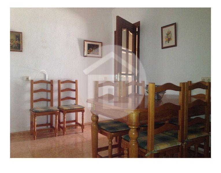 Casa en alquiler en calle Virgen del Rosario, Mengíbar - 121970167