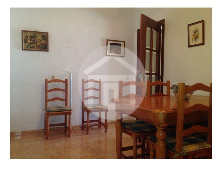 Casa en alquiler en calle Virgen del Rosario, Mengíbar - 121970224