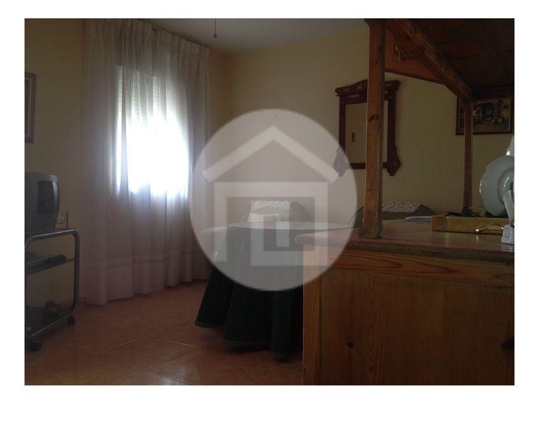 Casa en alquiler en calle Virgen del Rosario, Mengíbar - 121970225