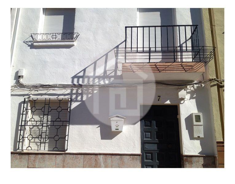 Casa en alquiler en calle Virgen del Rosario, Mengíbar - 121970227