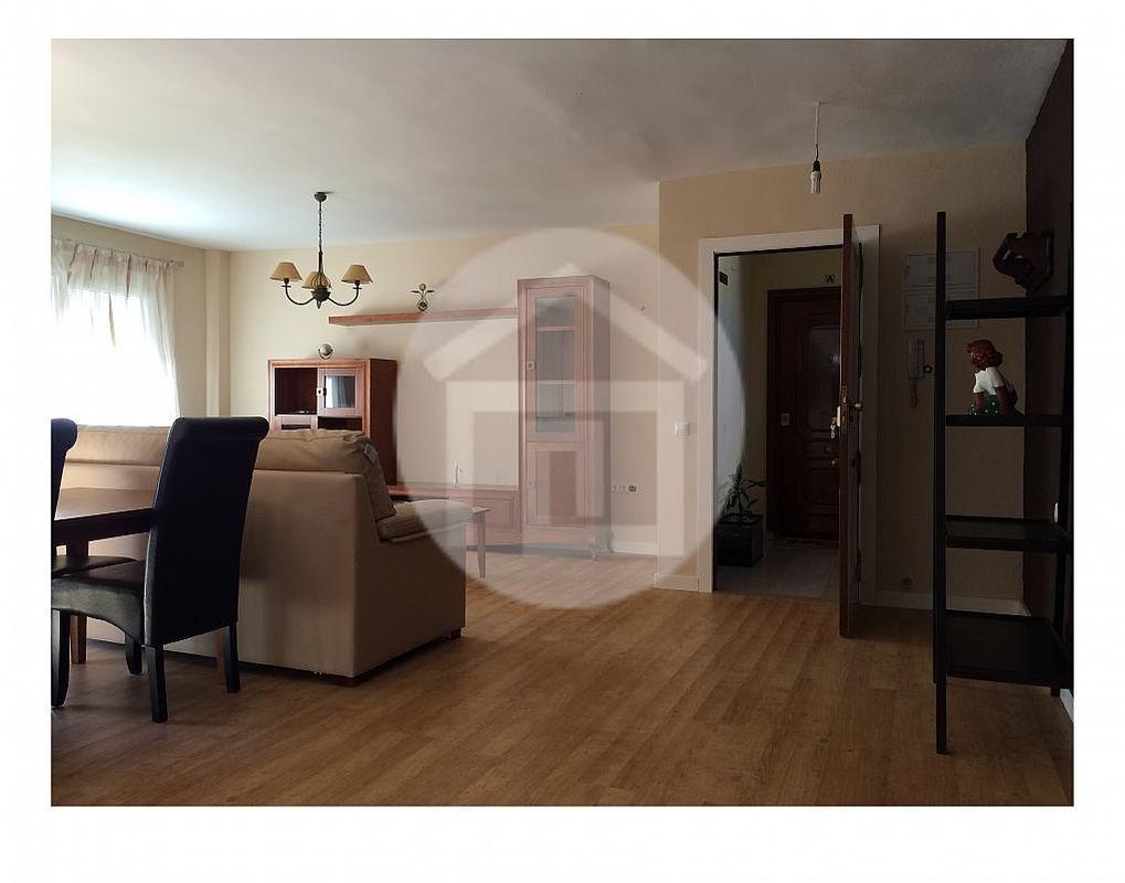 Piso en alquiler en calle Zona Centro, Linares - 162968489