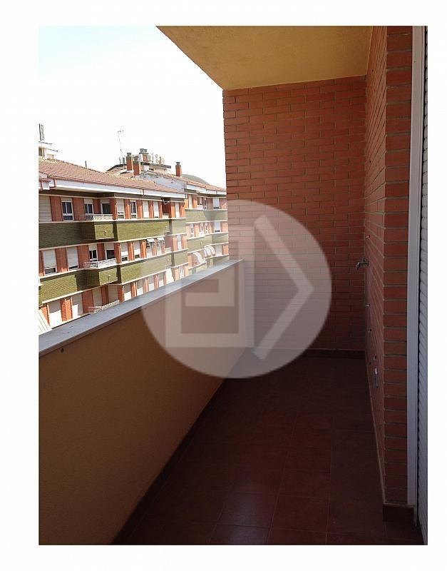 Dúplex en alquiler en calle Junto a Corte Inglés, Linares - 202710868