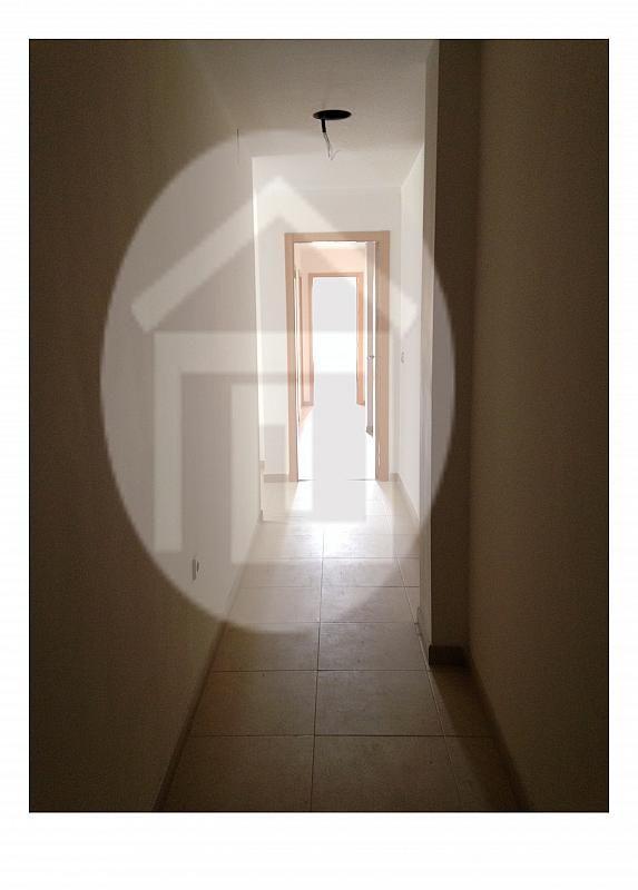 Piso en alquiler en calle España, Mengíbar - 211485048