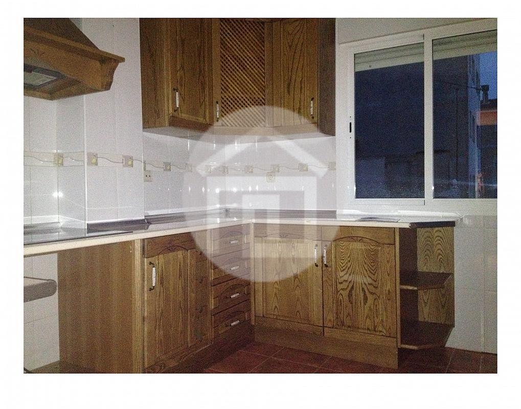 Piso en alquiler en calle Carolina, Linares - 215684100