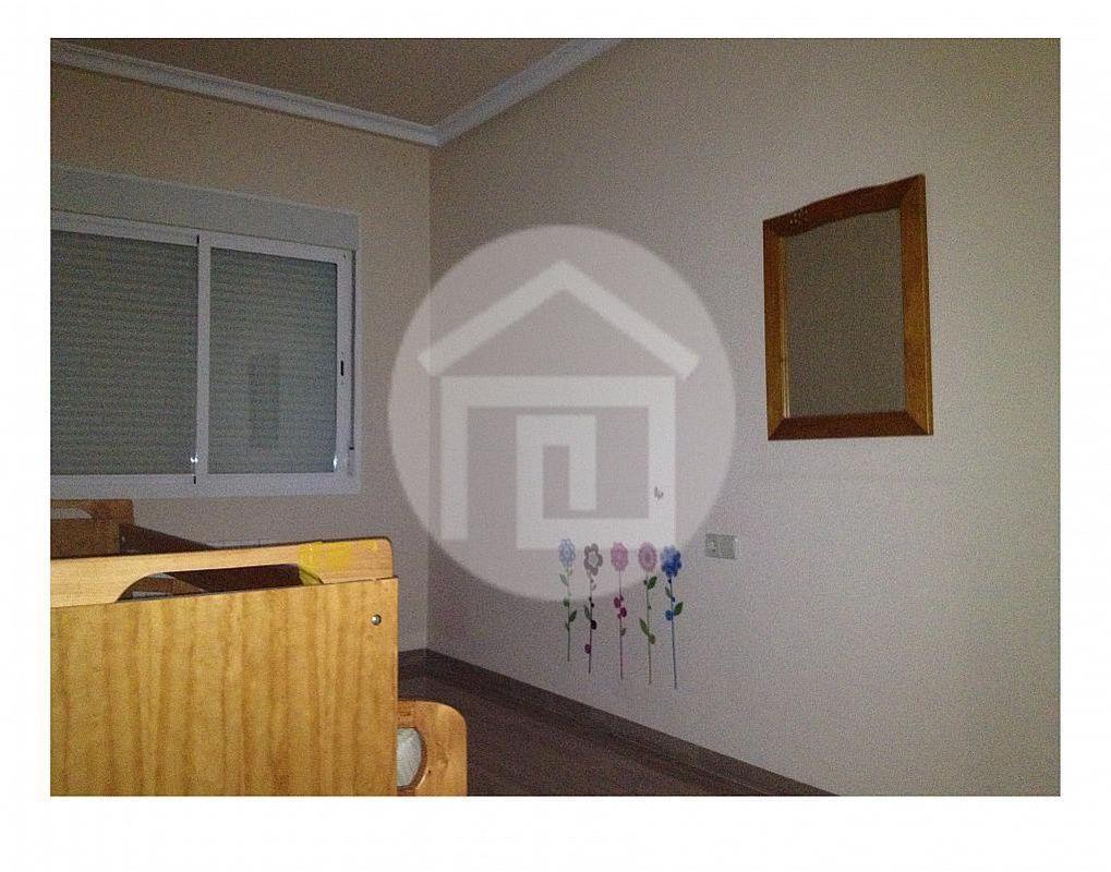 Piso en alquiler en calle Carolina, Linares - 215684296