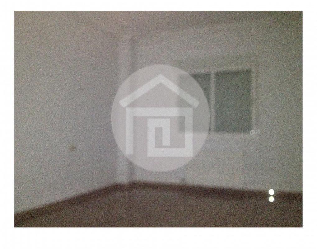 Piso en alquiler en calle Carolina, Linares - 215684362