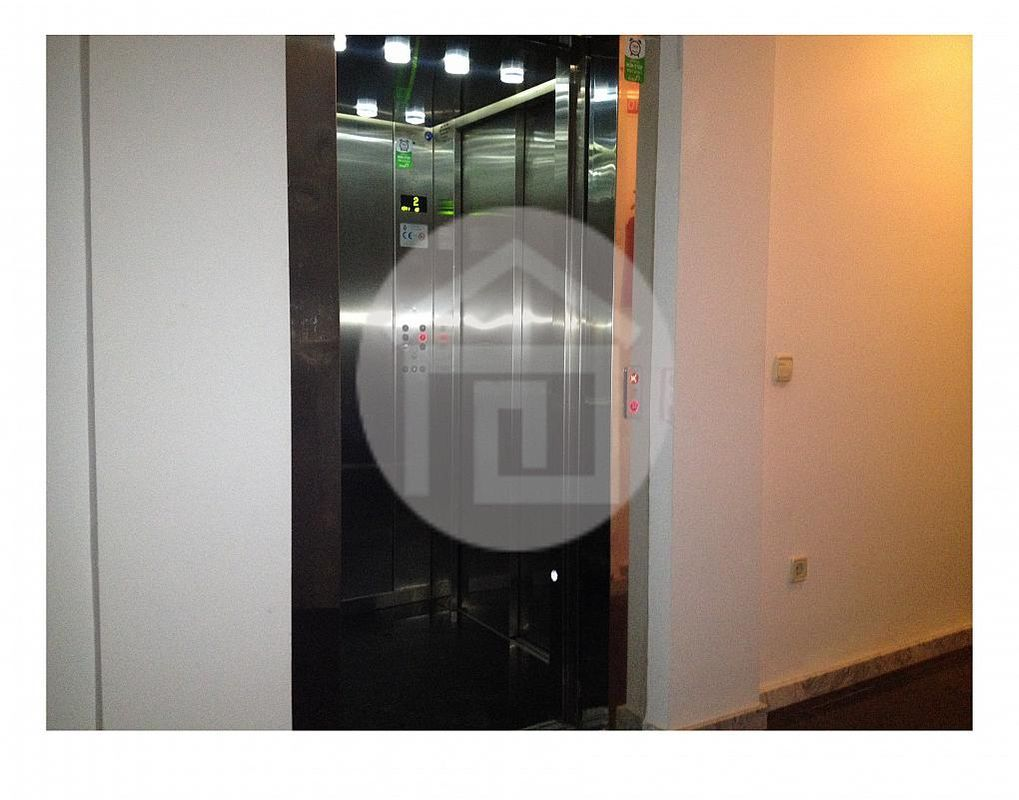 Piso en alquiler en calle Carolina, Linares - 215684507