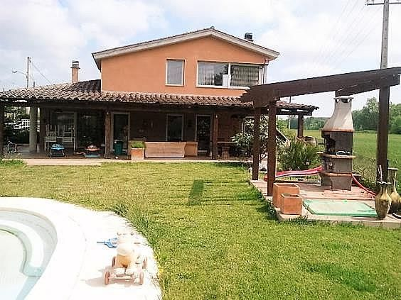 Casa en alquiler en calle Llevant, Caldes de Malavella - 281097577