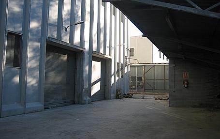 Patio - Nave industrial en alquiler en Sant Vicenç dels Horts - 158481456