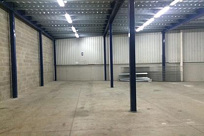 Planta baja - Nave industrial en alquiler en Sant Cugat del Vallès - 287734645