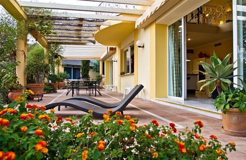 Villa en alquiler en Benalmádena - 295832607