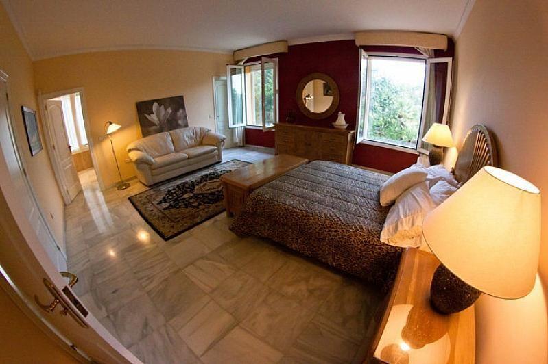 Villa en alquiler en Benalmádena - 386156893