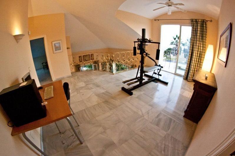 Villa en alquiler en Benalmádena - 386156905