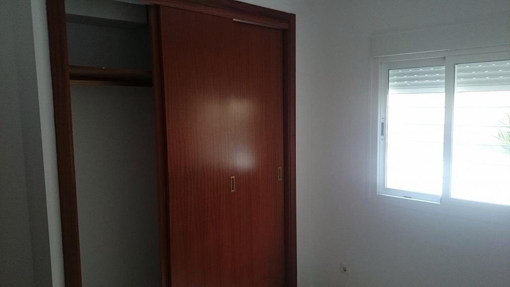 Piso en alquiler en calle Arahal, Dos Hermanas - 357306934