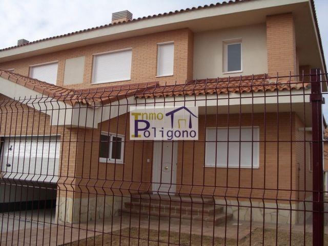Chalet en alquiler en calle Isabel de Portugal, Nambroca - 118618620