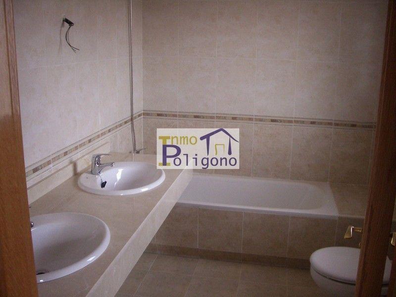 Chalet en alquiler en calle Isabel de Portugal, Nambroca - 118877731