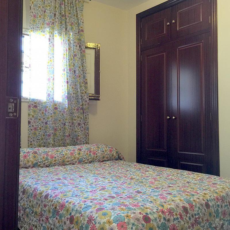 Dormitorio - Piso en alquiler en calle San Jacinto, Triana Casco Antiguo en Sevilla - 262445792