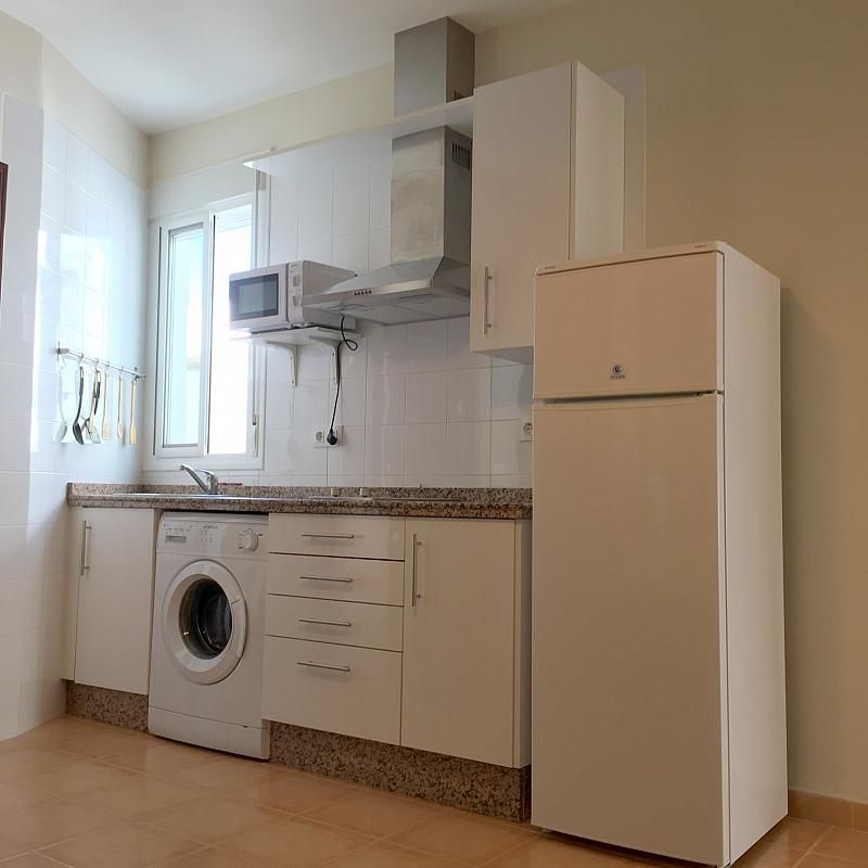 Cocina - Piso en alquiler en calle San Jacinto, Triana Casco Antiguo en Sevilla - 262445809
