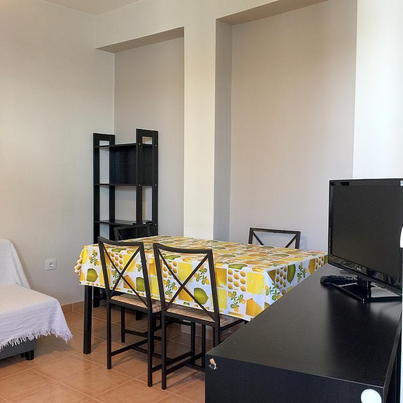 Salón - Piso en alquiler en calle San Jacinto, Triana Casco Antiguo en Sevilla - 262445826