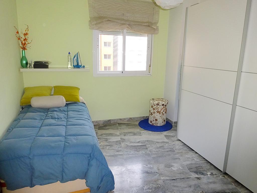 Dormitorio - Piso en alquiler en calle Emilio Lemos, Av. Ciencias-Emilio Lemos en Sevilla - 277588072