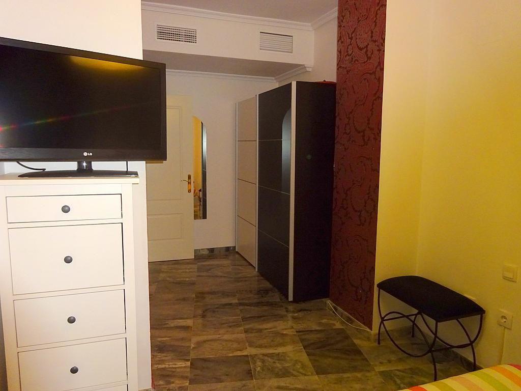 Dormitorio - Piso en alquiler en calle Emilio Lemos, Av. Ciencias-Emilio Lemos en Sevilla - 277588087
