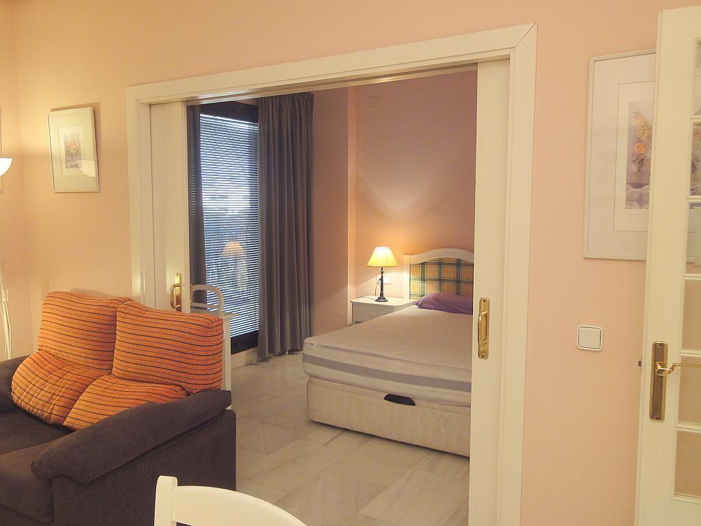 Salón - Apartamento en alquiler en calle Alcalde Luis Uruñuelas, Este - Alcosa - Torreblanca en Sevilla - 138388627