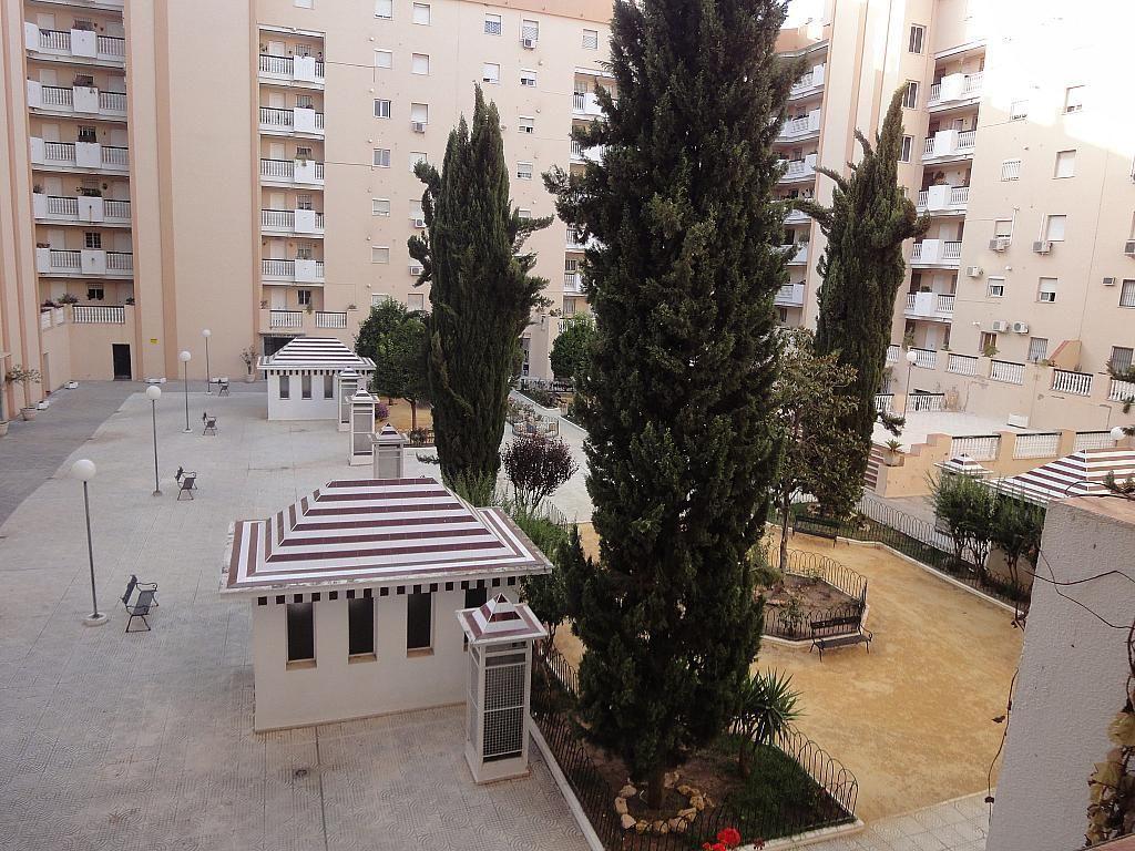 Jardín - Piso en alquiler en calle Avd de Las Ciencias, Av. Ciencias-Emilio Lemos en Sevilla - 146403829