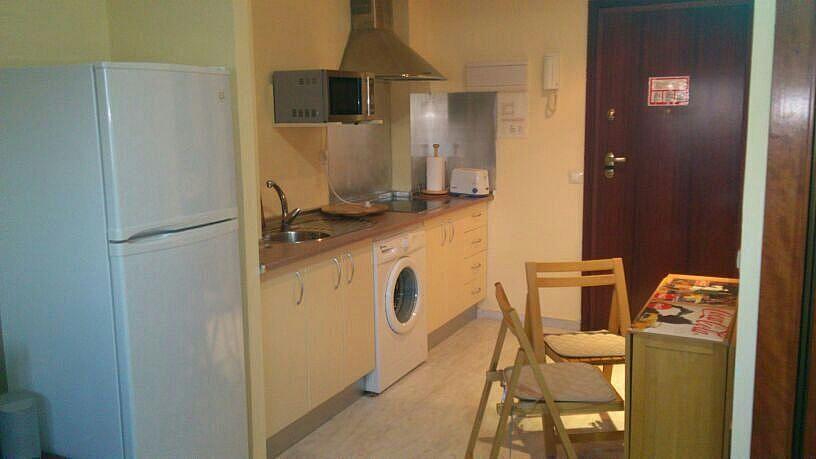 Cocina - Estudio en alquiler en calle Alcalde Luis de Uruñuelas, Av. Ciencias-Emilio Lemos en Sevilla - 150512728