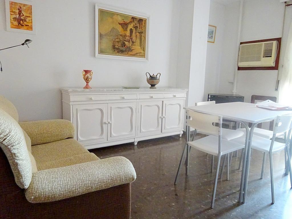Salón - Apartamento en alquiler en plaza Magdalena, Casco Antiguo en Sevilla - 170301733