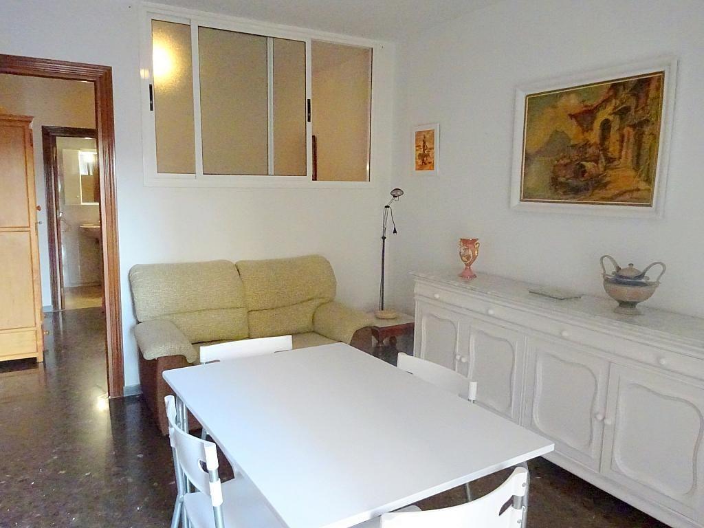 Salón - Apartamento en alquiler en plaza Magdalena, Casco Antiguo en Sevilla - 170301755