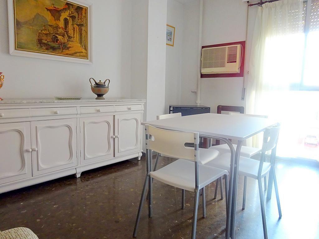 Salón - Apartamento en alquiler en plaza Magdalena, Casco Antiguo en Sevilla - 170301810