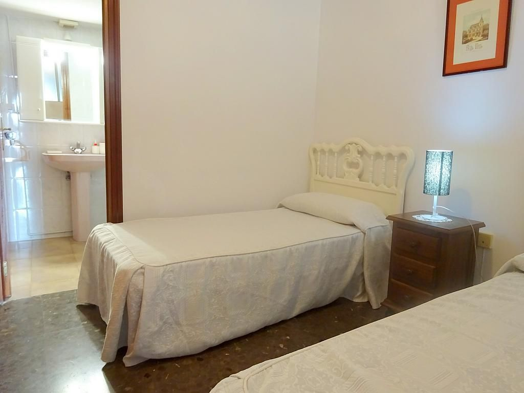 Dormitorio - Apartamento en alquiler en plaza Magdalena, Casco Antiguo en Sevilla - 170302153
