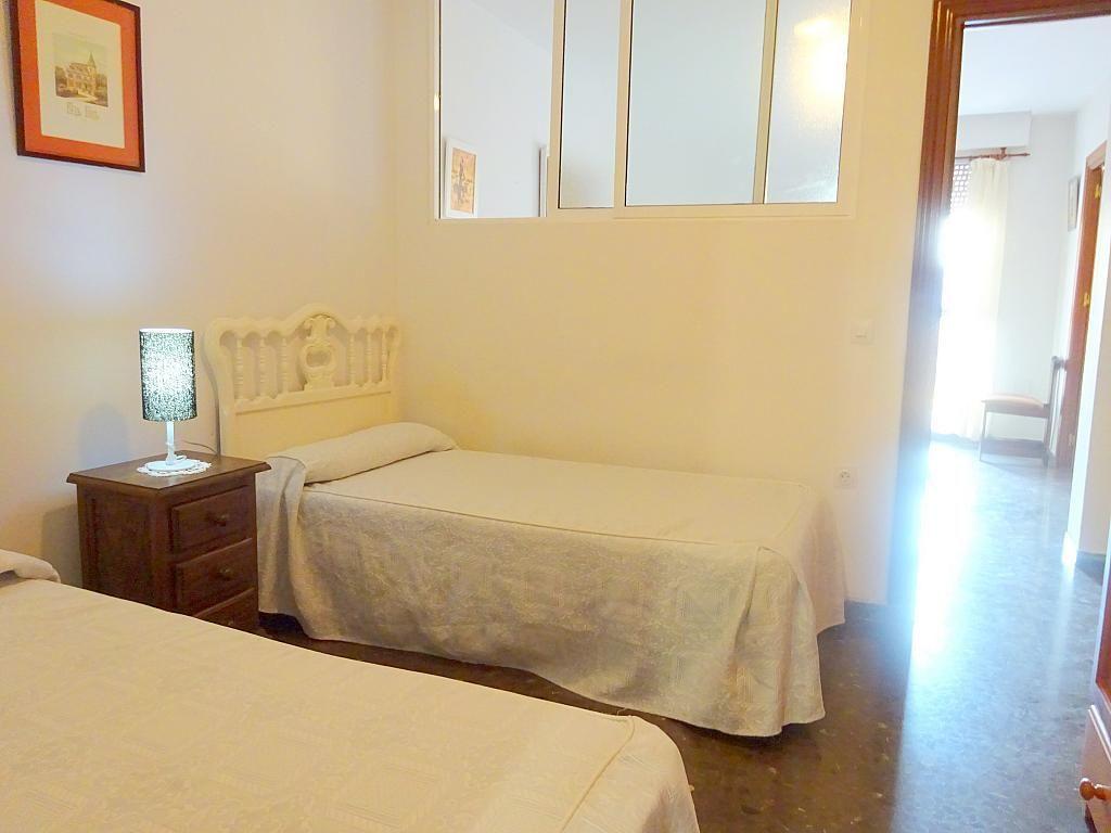 Dormitorio - Apartamento en alquiler en plaza Magdalena, Casco Antiguo en Sevilla - 170302189