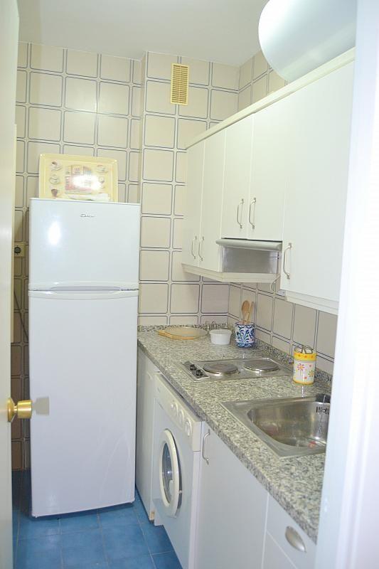 Cocina - Apartamento en alquiler en calle Luis Montoto, Nervión en Sevilla - 185346714