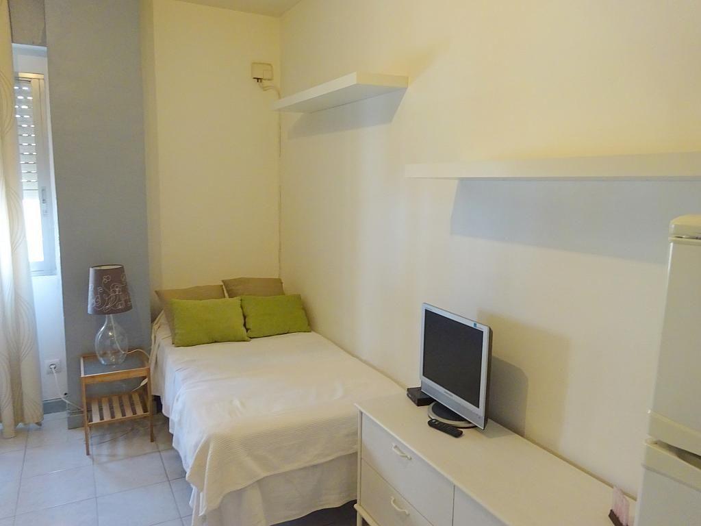 Dormitorio - Estudio en alquiler en calle San Jacinto, Triana en Sevilla - 192344951